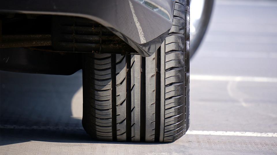 Obsługa koła i naprawa opon pojazdów osobowych i dostawczych